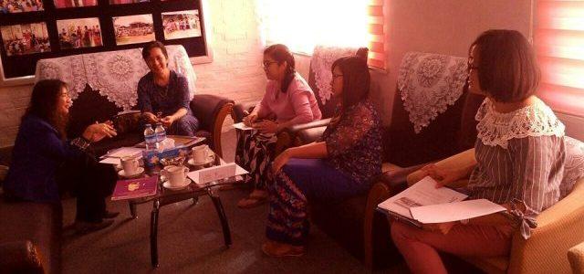 မြန်မာနိုင်ငံအမျိုးသမီးများနှင့် ကလေးသူငယ်များဘဝမြှင့်တင်ရေးအသင်း(MWCDF)နှင့်ပူးပေါင်း၍ Needs Assessment Project Proposalရေးရန်အတွက် Freelance Developmentမှ တာဝန်ရှိသူများနှင့် တွေ့ဆုံဆွေးနွေးခြင်း